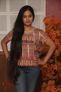 9 Giragankalum Ucham Petravan Tamil Movie Pooja Stills  0008.jpg
