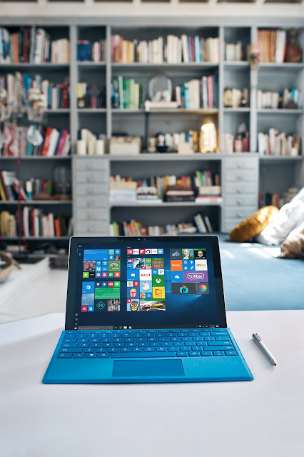 5 reasons why #traveling with the Microsoft Surface Pro is a game changer + save $150 NOW! Don't forget to enter to the $500 #giveaway! #travel #technology