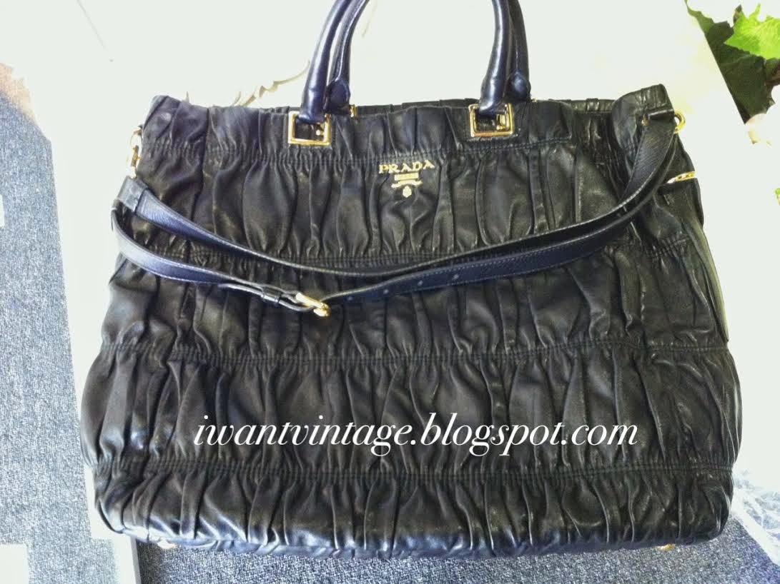 32b89fb279b5 ... closeout prada bn2075 nappa gauffre tote bag black 1dc50 0289d  switzerland prada tessuto ...
