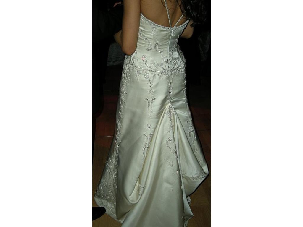 The Bridal Times: Bustle Me Up