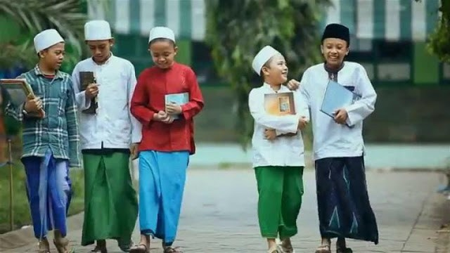 Membumikan Kembali Madrasah Diniyah 1