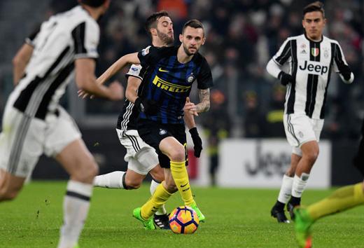 Brozovic, ha riportato una frattura al dito in Juve-Inter