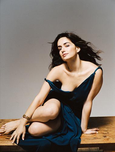 Ana de la Reguera in blue gown, super hot maxican actress Ana de la Reguera, Cowboys and Aliens actress Ana de la Reguera