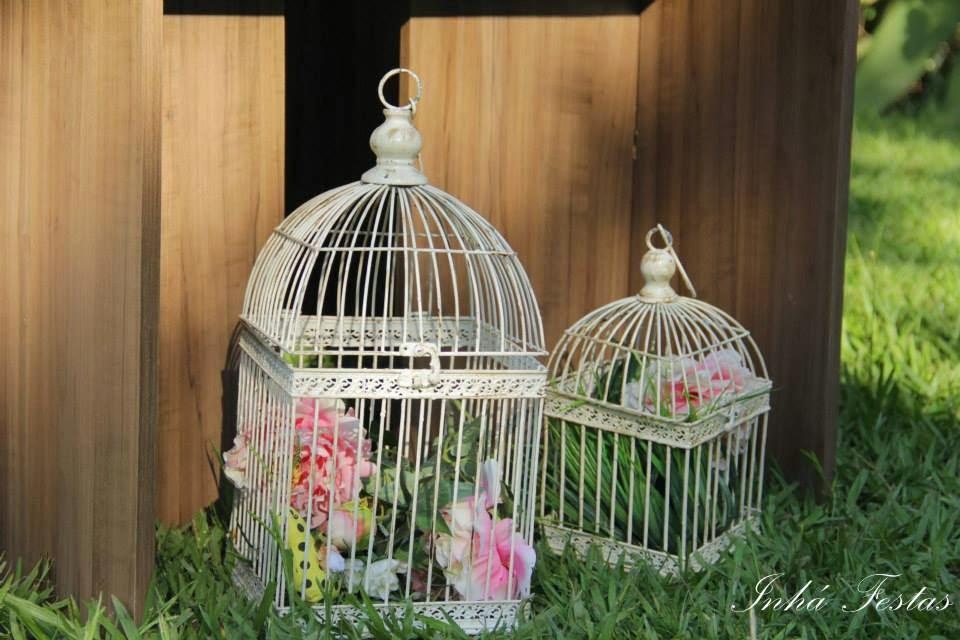 festa-decoracao-romantica-gaiolas