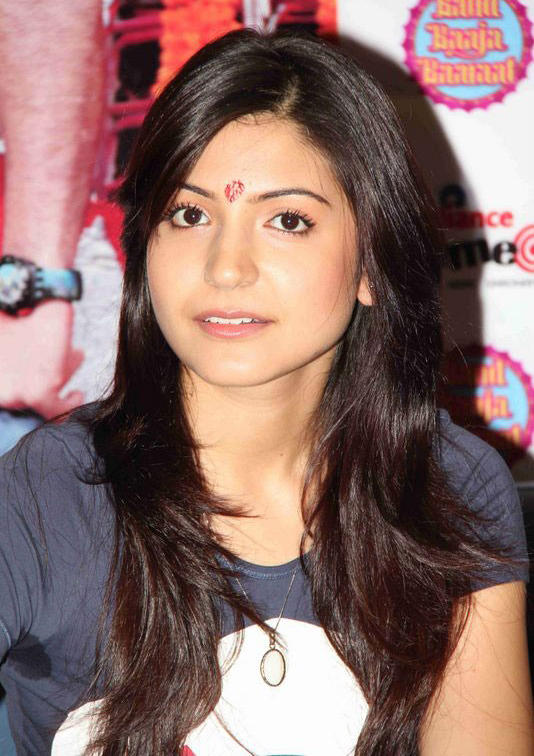 Aishwarya Rai Hot: anushka sharma cute