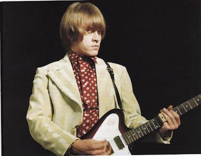 gibson,non_reverse_firebird,brian_jones,1966,psychedelic-rocknroll