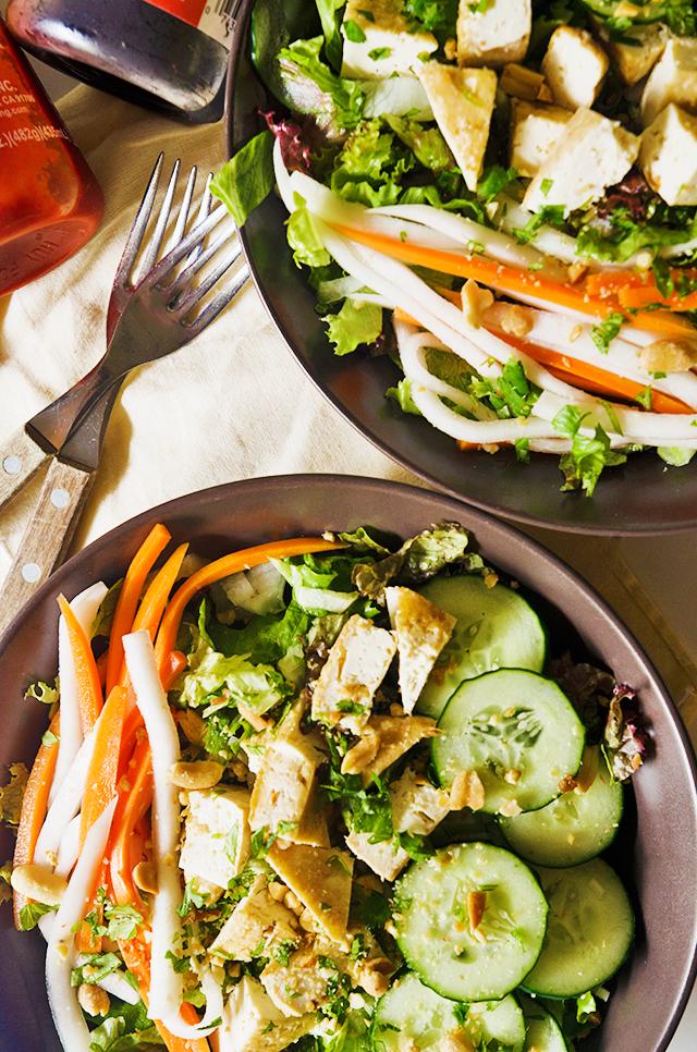 vegan banh mi, vegan banh mi salad, vegetarian banh mi, vegetarian banh mi salad, banh mi recipe, banh mi salad, banh mi salad recipe, vegan salad, best vegan salad, best vegetarian salad
