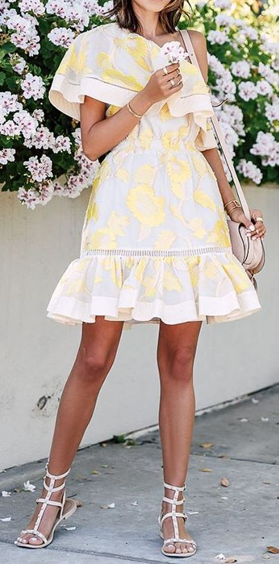 cute summer outfit idea: dress + heels