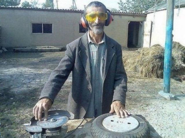 الهبال الجزائري funny-pictures-colle