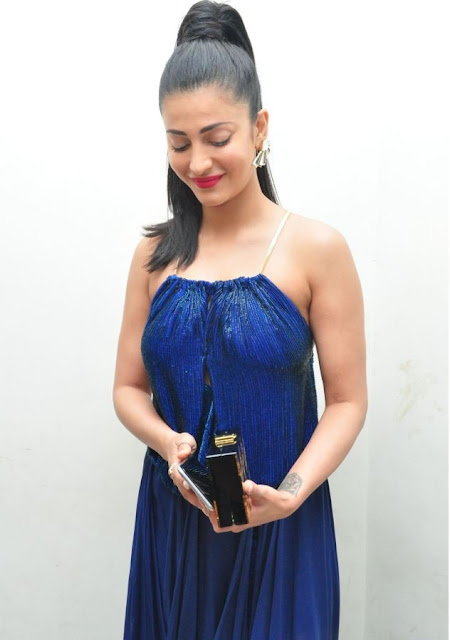 Sruthi Hassan Hot and cute Photos from Audio lanch