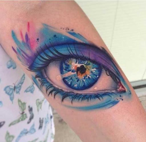 Este excelente aquarela tatuagem