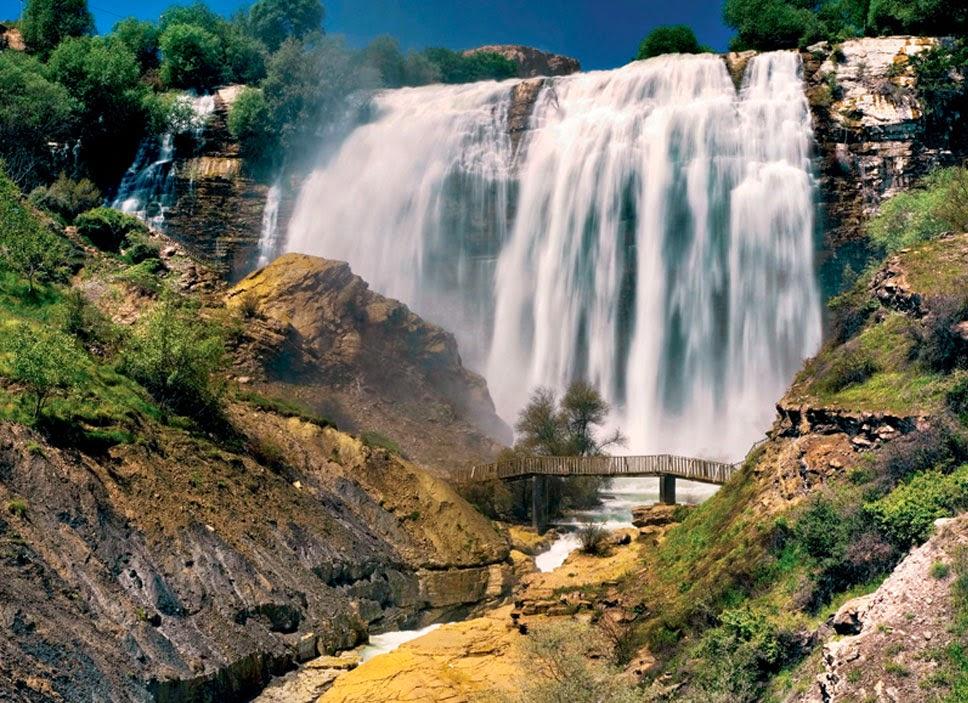Cachoeira-de-Tortum-Turquia