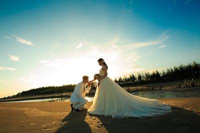 Các cặp đôi có thể chụp ảnh cưới vào bất kỳ thời điểm nào mình thấy hợp lý