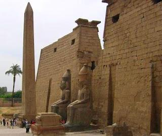 pilonos templo de luxor