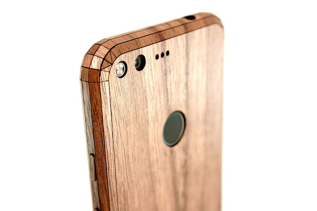 Toast's Wood Case For The Google Pixel is Simply Sublime