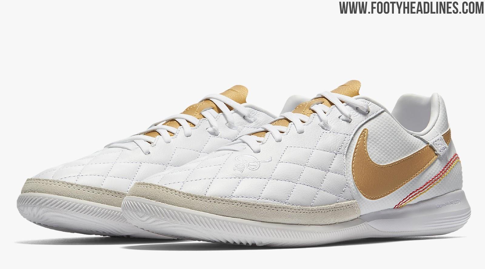 Ronaldinho Soccer Shoes