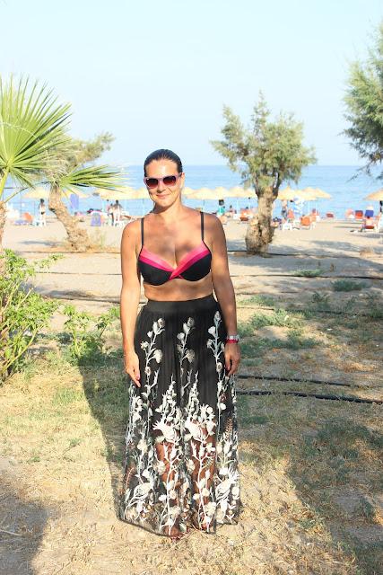 sortie de la plage, jupe maje, maillot de bain darjeeling les petites bulles de ma vie