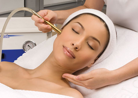 Ultrasound Facial Treatment, Skin Dairies at Cooper Consultants, Skincare, Skin rejuviation, Antiaging treatment, Skin clinic in Karachi, Collagen treatment, Beauty, Flawles skin, Beautiful skin, younger looking skin, red alice rao, redalicerao