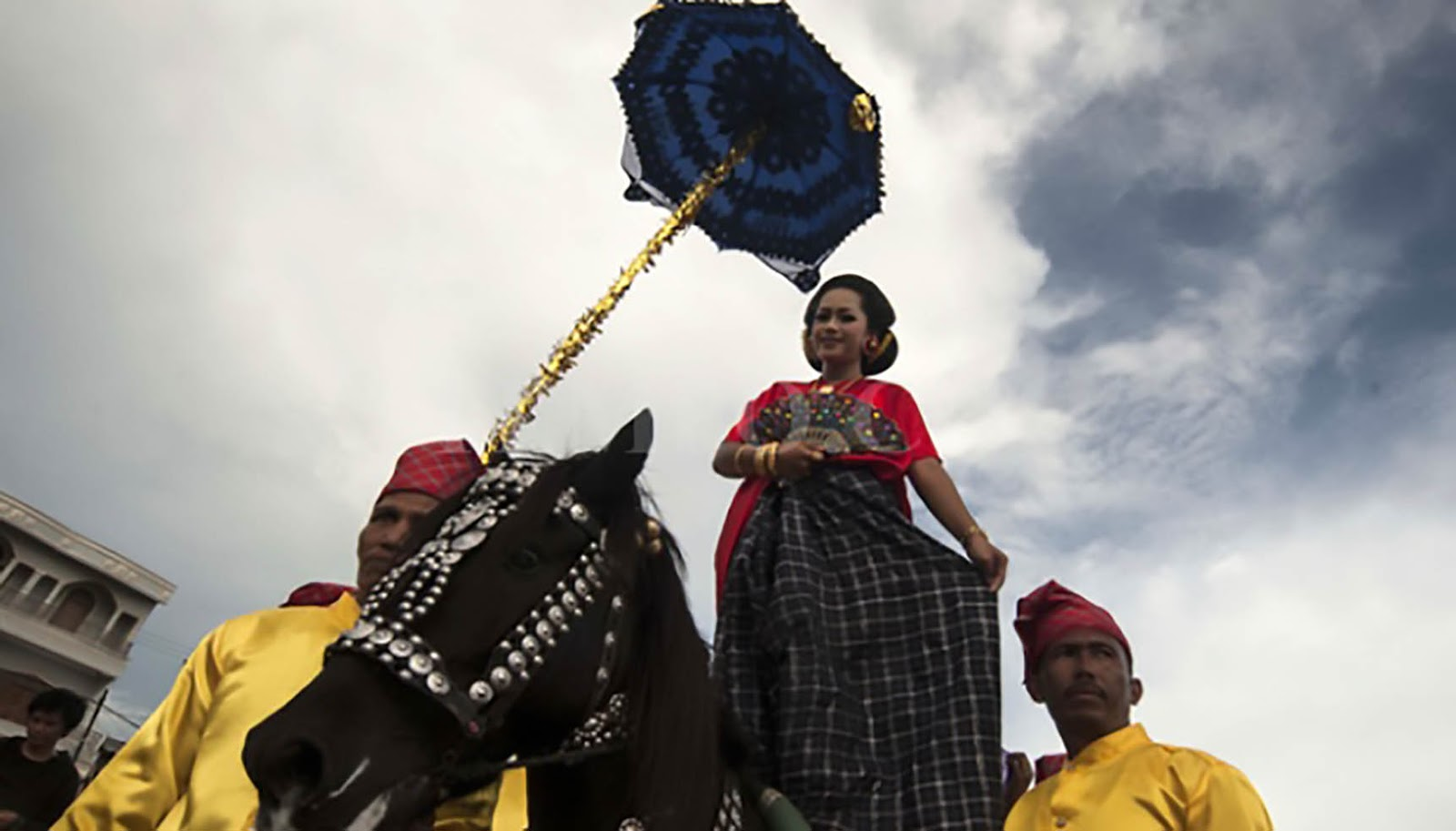 Saiyyang Pattuqduq, Kesenian Tradisional Dari Mandar