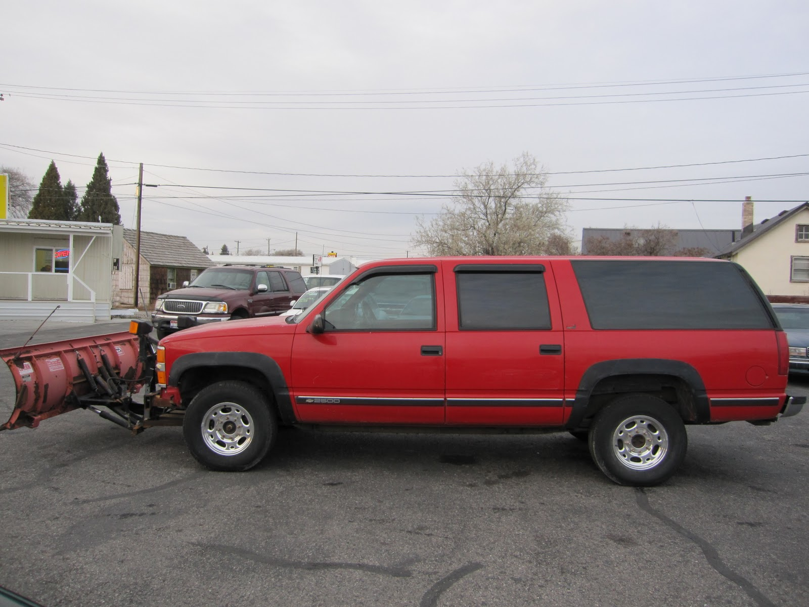 Town And Country Toyota >> ABC Auto Clinic: 1994 Chevrolet Suburban 2500 With Snow Plow