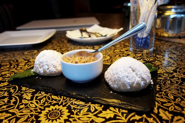 Gdzie Zjesc Na Srodmiesciu Kuchnia Libanska W Warszawie Le Cedre