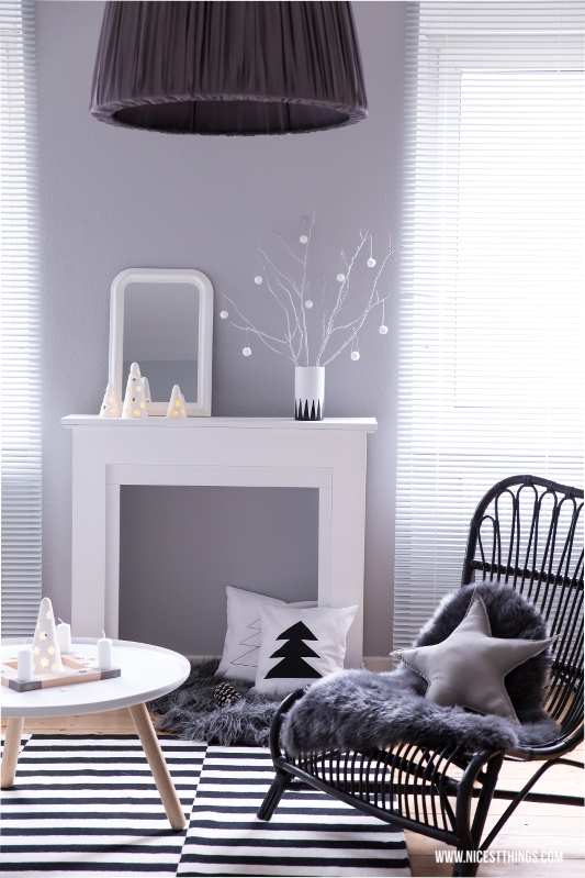 weihnachtsdeko kaminumrandung adventskranz aus beton. Black Bedroom Furniture Sets. Home Design Ideas
