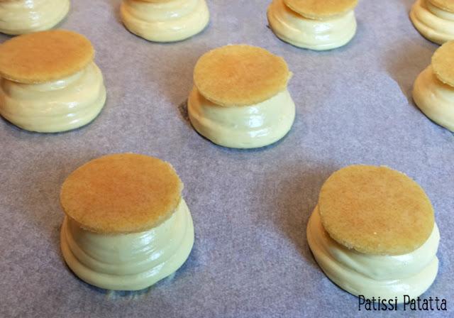 recette de choux à la crème, choux à la crème de Philippe Conticini, recette de craquelins, tutoriel choux à la crème, les meilleurs choux à la crème, chantilly au macarpone,noix de cajou caramélisés, choux Conticini, recette de chef pâtissier,
