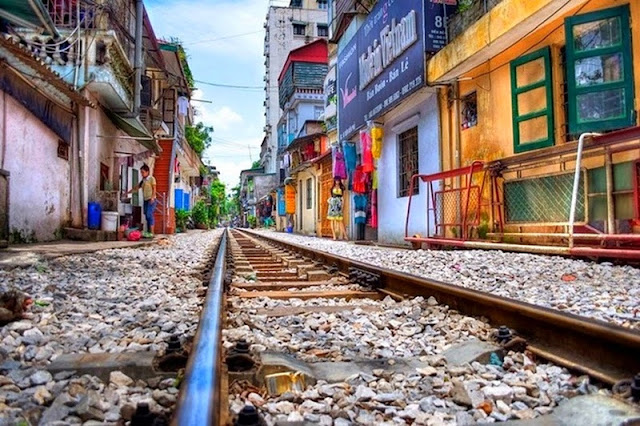 Hostels Worldwide lists 11 must-thing to do in Hanoi Capital 2