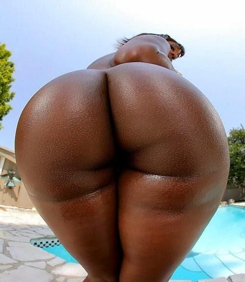 Nsked big but black girls