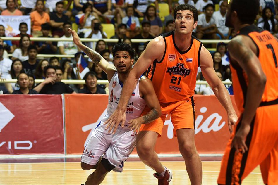 Sam Deguara's 30 points and 20 rebounds helped Mono Vampire Thailand level the series 1-1
