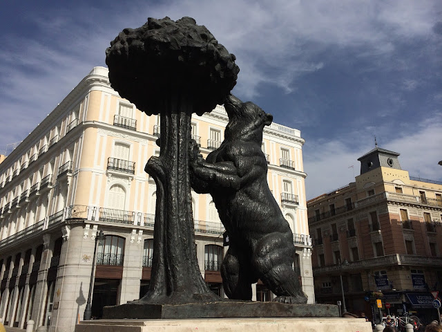 El oso y el madroño, de Antonio Navarro Santafé