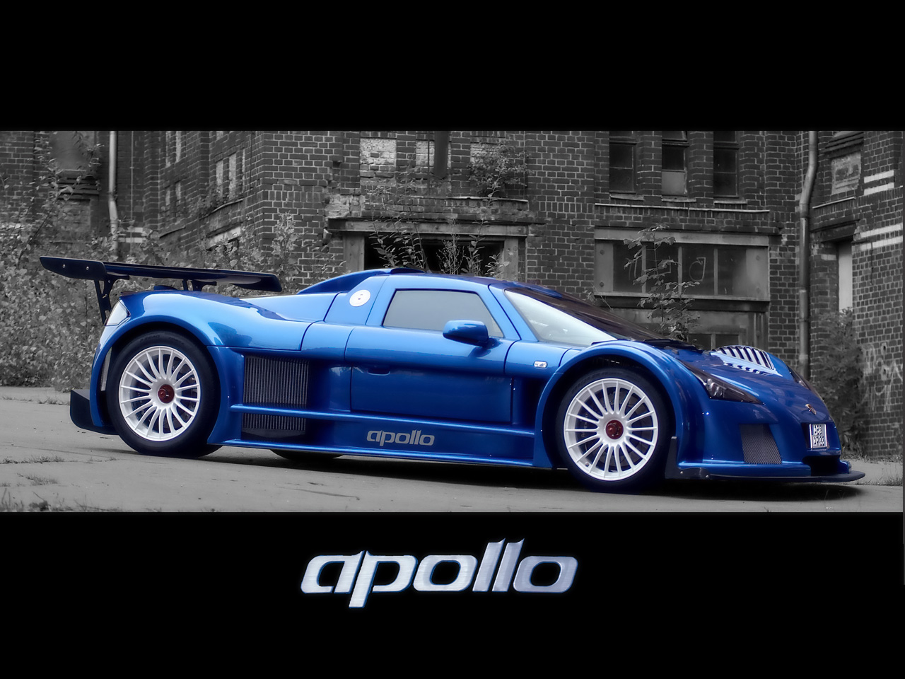 Gumpert Apollo Sport Car Motor