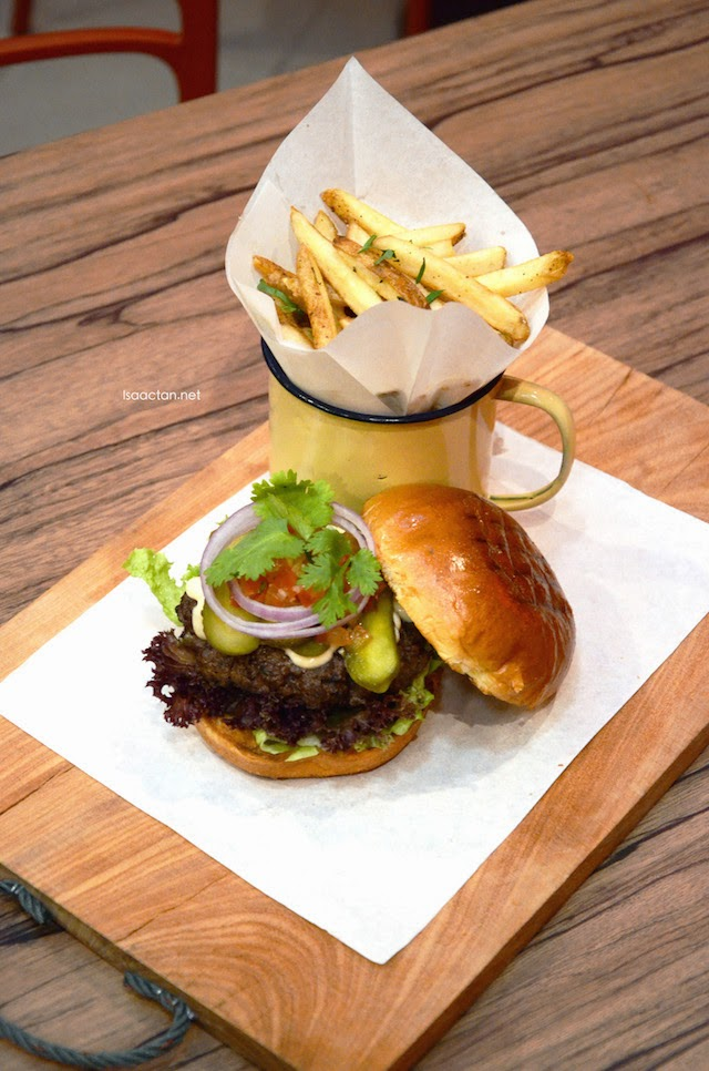 Mexicana Char-Grilled Aussie Beef Burger - RM17.80