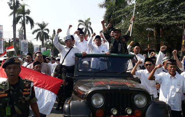 Tolak Full Day School, Bupati Tegal Siap Cium Kaki Jokowi