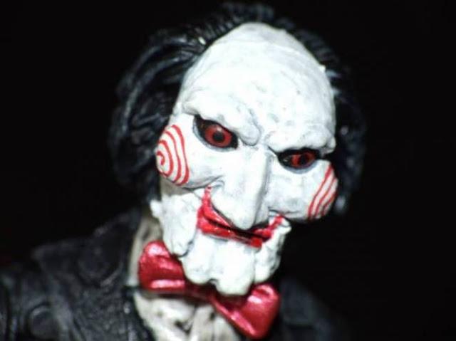 سوف تصاب بصدمة عندما تعلم الشخصيه الحقيقيه لفيلم الرعب Saw! قصة مفاجئة لن تتخيلها!