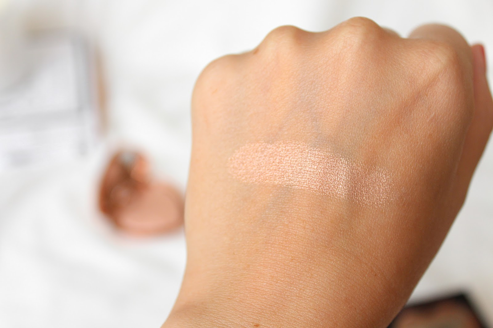 Review: Too Faced Love Light Prismatic Highlighter in Ray Of Light, Life in Excess Blog