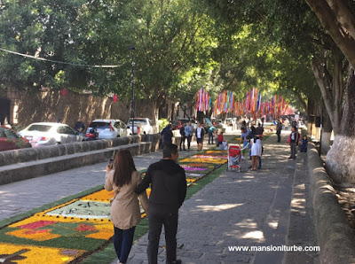 Floral Rugs of Patamban in Morelia