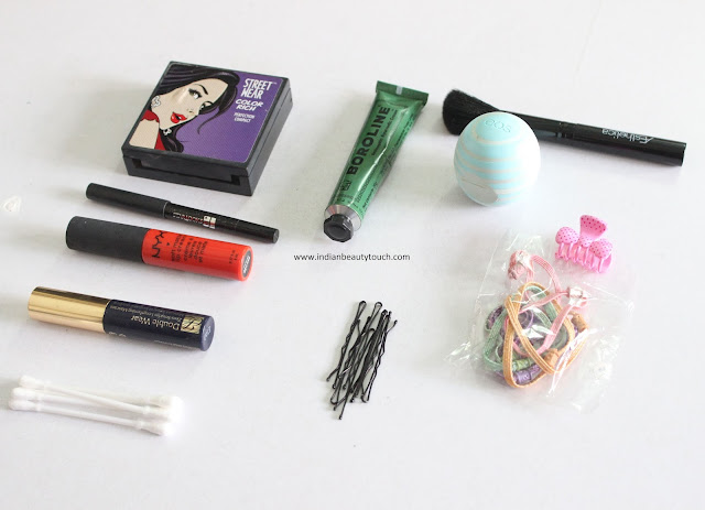 What's In My Bag?, What's In My Bag 2015, Amyclubwear, Bag, What is in my purse, What's In My Bag Indian, Woman Bags, Fashion, Amyclubwear review India, Celine bags Dupes, Indian beauty blog
