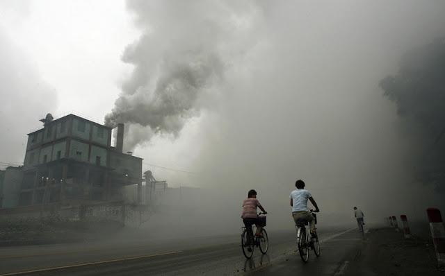 వాతావరణ కాలుష్యానికి ముఖ్య కారకులు ఎవరు - Who is the main cause of weather pollution? Vatarana Kalushyam