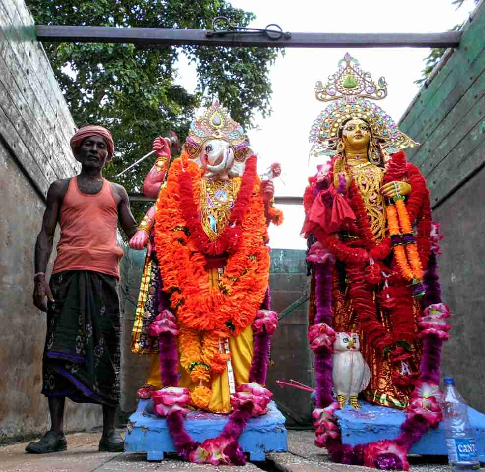 Idols of Ganesha and Lakshmi