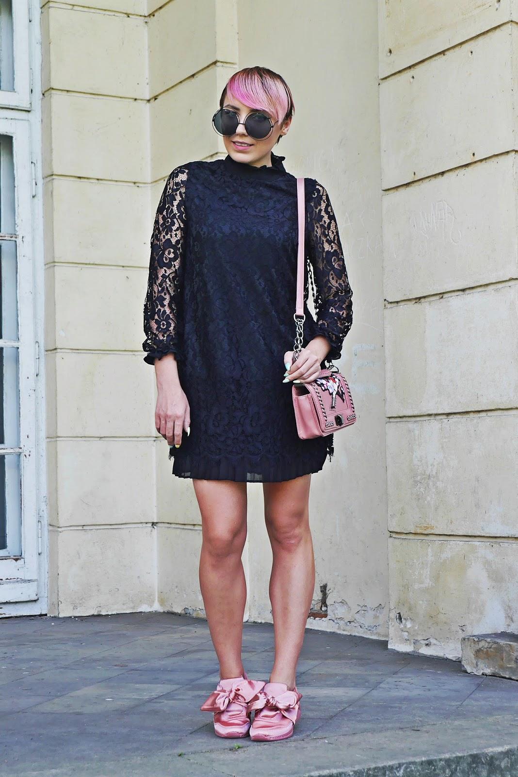 renee_sneakersy_kokardki_rozowe_karyn_blog_modowy_150817b