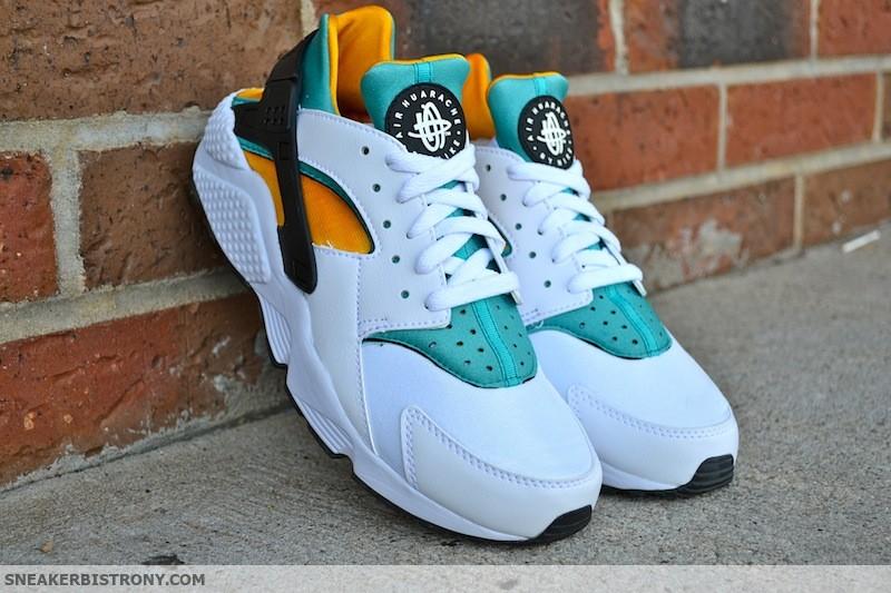 9936c838cd3 Nike Air Huarache OG