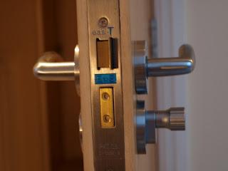 Cerraduras y bombillos en Vitoria-Gasteiz y toda Araba