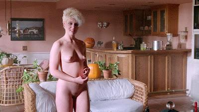 Jeanna Fine nue dans LA NUIT D'HALLOWEEN (HACK-O-LANTERN) de Jag Mundhra