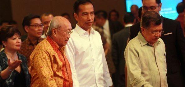 CSIS: Rakyat Puas dengan Jokowi, Pengamat: Pencitraan via Survey, Cara yang Sok 'Ngilmiah'