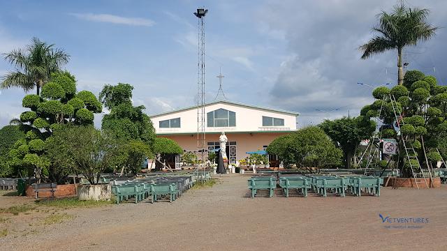 Trung tâm hành hương Đức Mẹ Núi Cúi