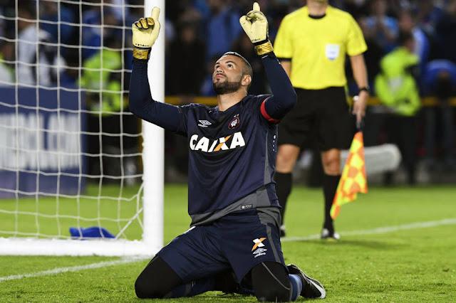 Weverton, goleiro do Atlético-PR (Foto: Luis Acosta/AFP)
