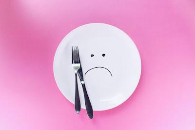 5 مشاكل يمكن أن تسبب الجوع الدائم .