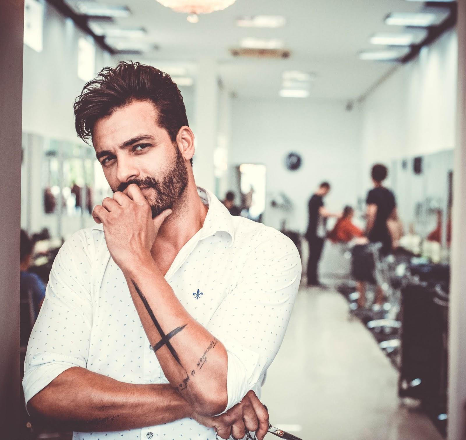 cabeleireiro dos youtubers felipe guimarães