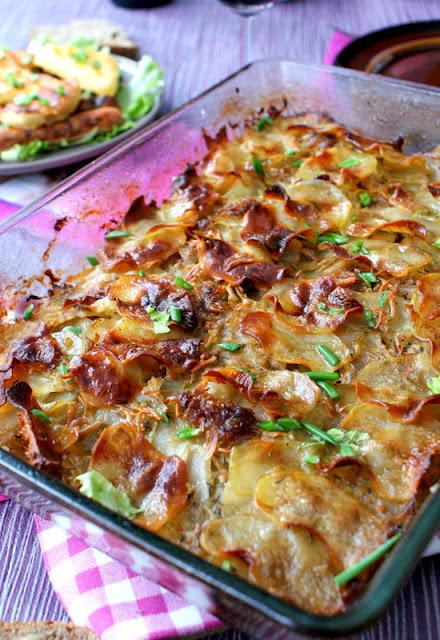 handerek,ziemniaki boulangere,kuchnia francuska,zapiekanka z ziemniaków,ziemniaki pieczone w bulionie,potrawy z ziemniaków,lekka kuchnia,fit kuchnia,z kuchni do kuchni,katarzyna franiszyn luciano